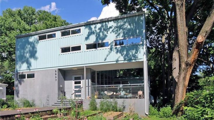 A Midwest Marvel: Stylish Shipping Container Home in Kansas City