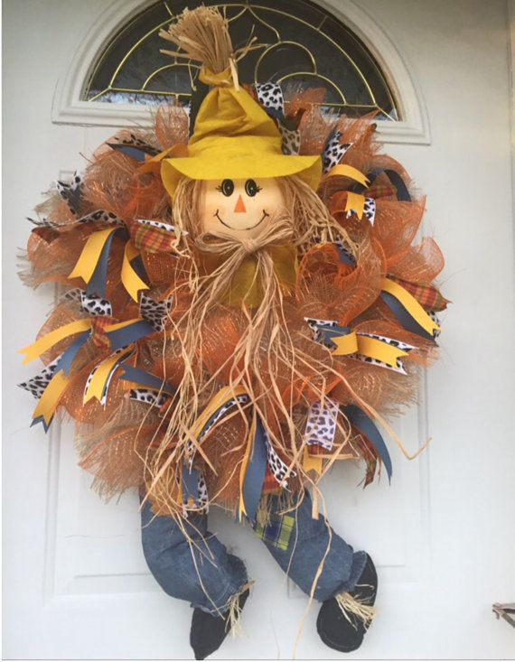 Deco mesh scarecrow wreath for Fall by TamiGlennscreativity