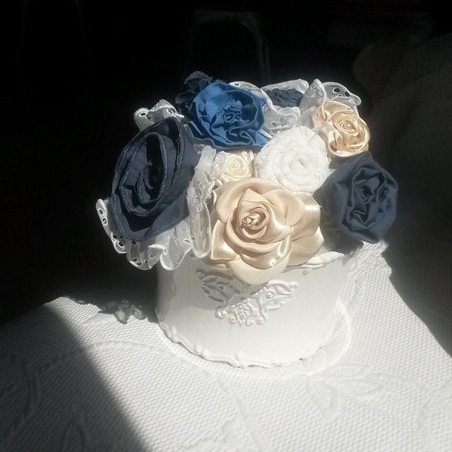 bouquet de fleurs tissu, romantique jardinnière blanche, esprit Shabby Chic : Accessoires de maison par a-fleur-2-pots