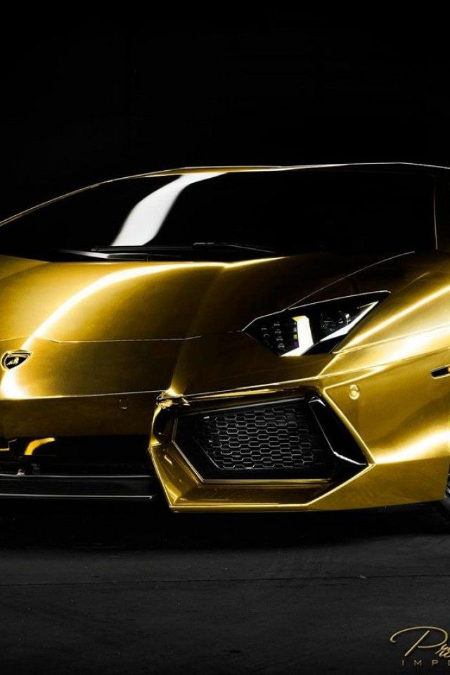 Pin By Alejandro Lesso On Lambo In 2020 Gold Lamborghini Lamborghini Wallpaper Iphone Lamborghini