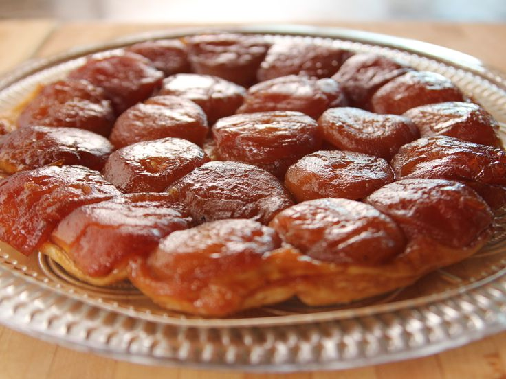Get this all-star, easy-to-follow Tarte Tatin recipe from Ree Drummond