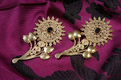 .Hand-made Sardinian jewelry