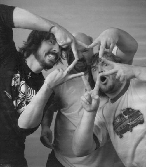 REpost Dave Grohl & Tenacious D. Possibly one of the best pictures ever taken
