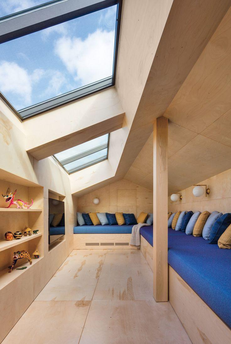 Das Design Ist Ein Einzigartiges Loft Ein Riesiges Oberlicht Architecture Homedesign Vill Oberlicht Medienraum Haus Innenarchitektur