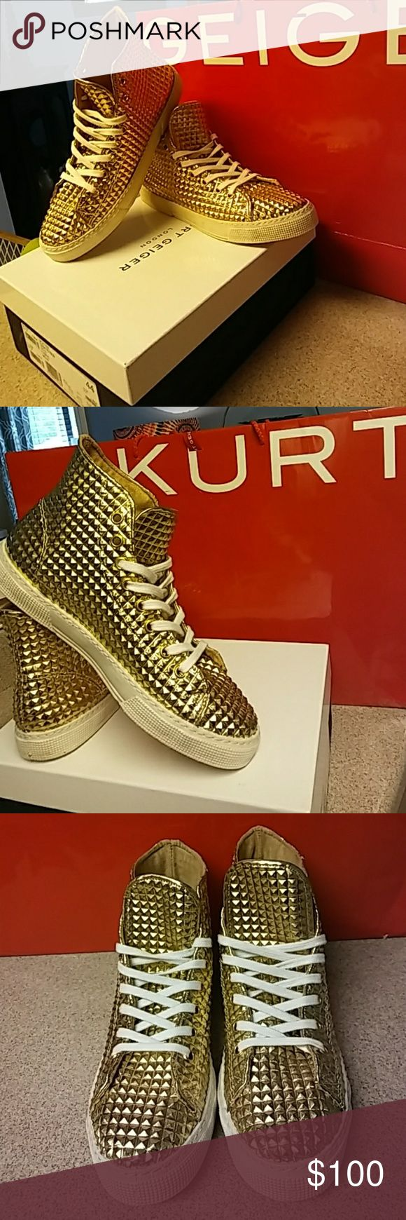 KURT GEIGER SNEAKER AUTHENTIC  KURT GEIGER LONDON DEXTER GOLD LEATHER HIGH TOP SNEAKER TRAINER.SIZE 44 OR (10).THESE SNEAKERS ARE IN EXCELLENT PRE OWNED CONDITION.WORN THREE TIMES.NO RIPS, TEARS, COMES FROM A SMOKEFREE CLEAN HOME.COMES WITH BOX AND ORIGINAL SHOPPING BAG.THEY ARE MEN BUT LADIES CAN WEAR THESE ALSO. KURT GEIGER LONDON Shoes Sneakers