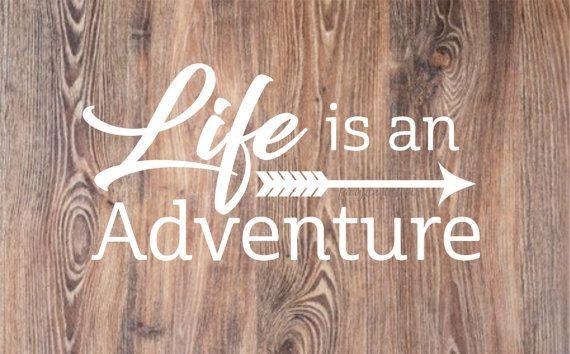 Etiqueta de la pared de aventura - la vida es una aventura pared - Letras de vinilo - inspiración cita - citar - etiqueta de la pared de flecha - aventura de viajes