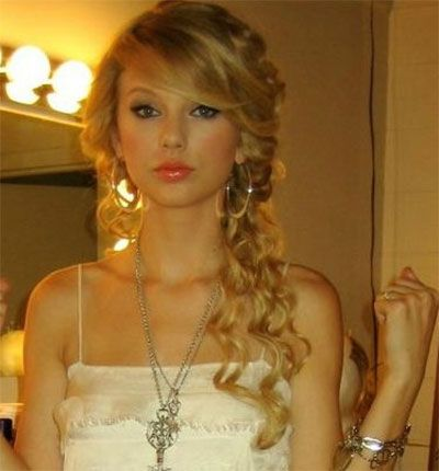 side ponytail for prom Side Hairstyles for Prom Event