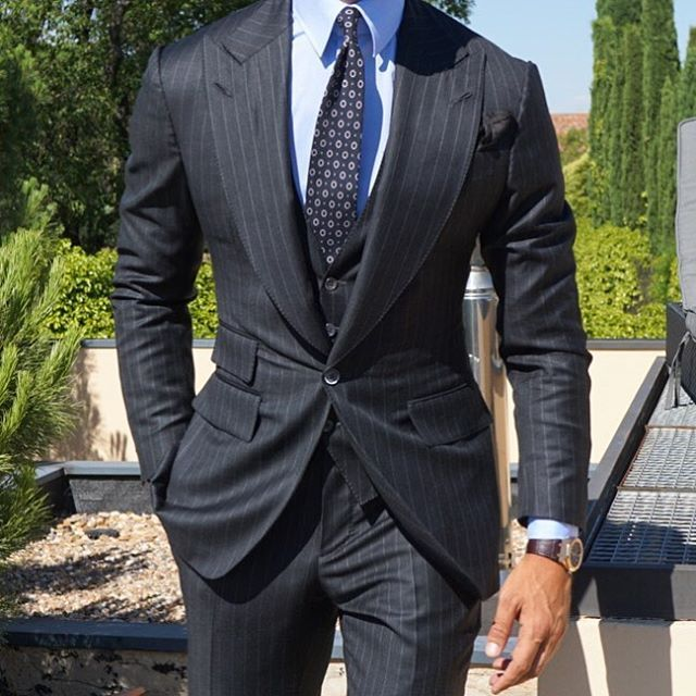 The grey Pinstripe Suit @absolutebespoke @tomaslasoargos #grey #pinstripe #suit #summer #unstructured #design #threepiece #tie #shirt all by #absolutebespoke www.absolutebespoke.com