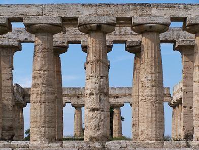 ** ARQUITECTURA ::: ARQUITECTURA ADINTELADA - Templo dórico de Paestum en Italia - Arquitectura Griega