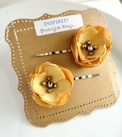 Mustard Fabric Flower Bobby Pins Muted Yellow Fall by stephanieh02, $9.25: Hair Flowers, Flowers Bobby, Honey Gold, Flowers Hair Clip, Flowers Girls, Yellow Hair, Mustard Flowers, Fabrics Flowers, Small Flowers