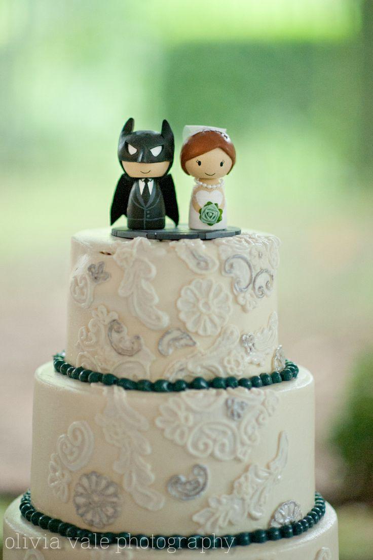 Batman Cake #hummingbirdhouse http://www.oliviabrownphoto.com/index2.php#/home/