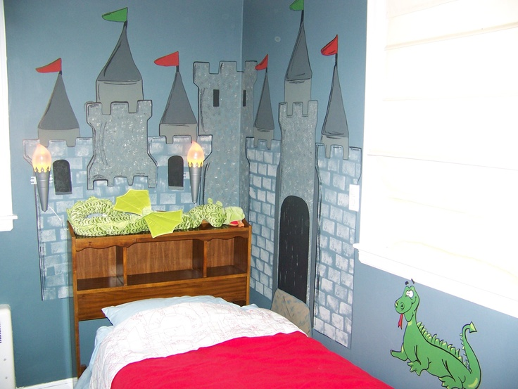 Best 25 castle mural ideas on pinterest princess mural for Castle kids room