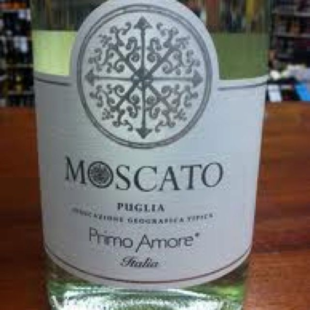 The best moscato primo amore found at specs and olive - Olive garden moscato primo amore ...