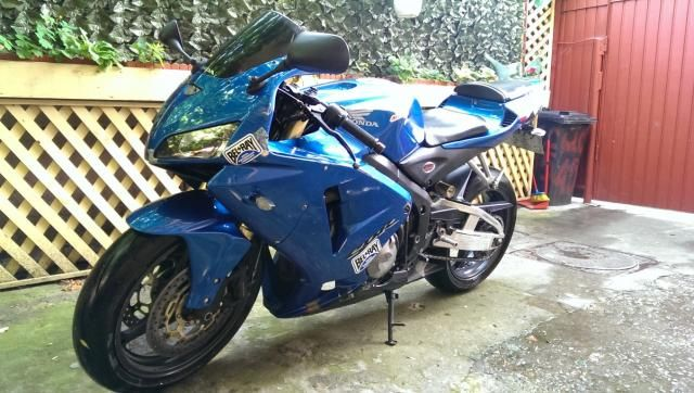 Honda CBR 600 RR year 2005 3000 euro Bucuresti - JAPAN AUTO MOTO