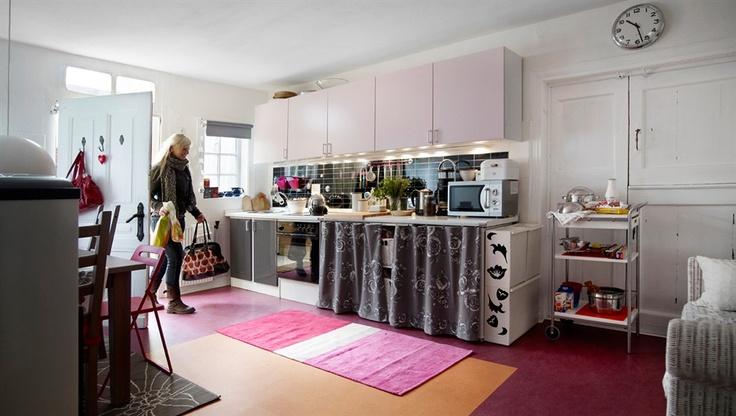 apartment-sized open kitchen idea