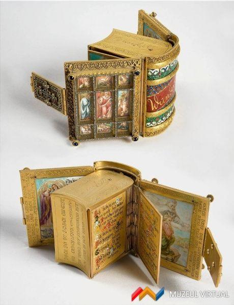 Imagini pentru cartea daruita de regina Elisabeta