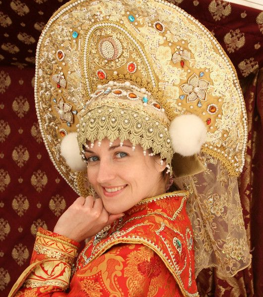 Costume kokoshnik, not really something I would make, but it is so elaborate it needed to be pinned.