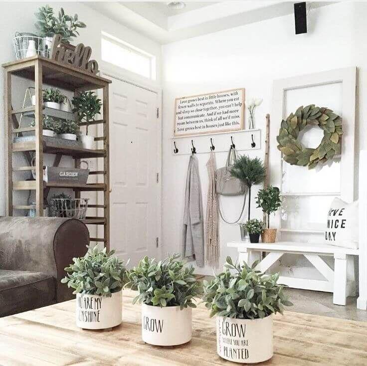 36 Lovely Farmhouse Plant Decor Ideas To Add A Touch Of Nature To Your Interior Arredamento Casa Country Idee Per Decorare La Casa Idea Di Decorazione