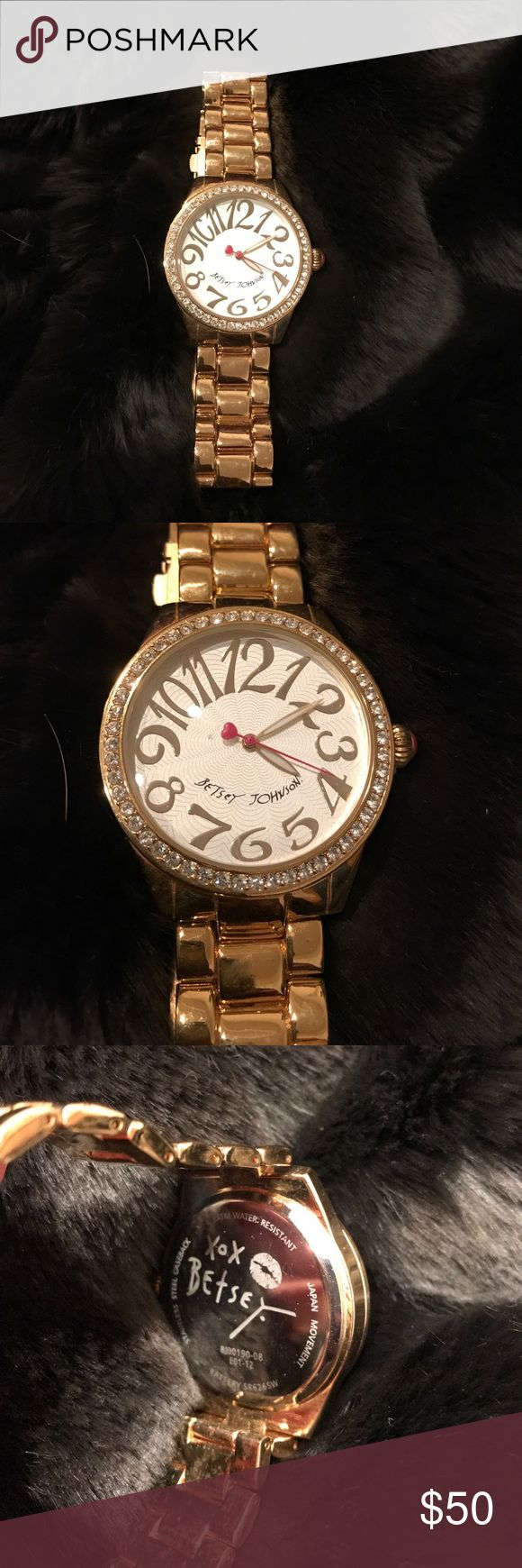 Betsey Johnson Gold BIG face Watch Beautiful big face Betsey Johnson watch with large numbers. Minute dial is hot pink.  Shiny gold with sparkling rhinestones around face.  Only wore once. Have 3 extra links to resize back to original.  Needs battery. Betsey Johnson Accessories Watches