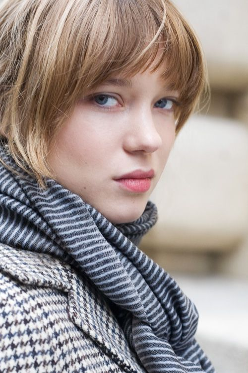 Lea Seydoux - love the mix of houndstooth and stripes. Great hair colour too.