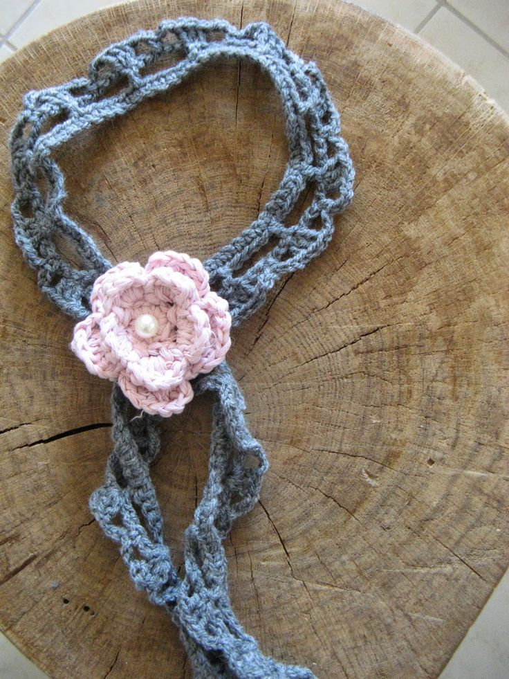 art by tasha: grey crochet neclace with pink flower