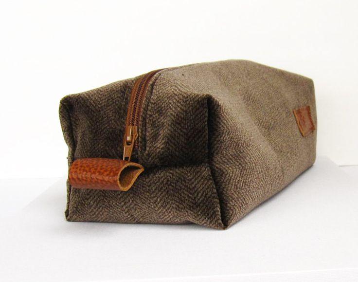 Dopp kit, mens toiletry bag , wash bag, Cotton velvet, herringbone. $52.00, via Etsy.