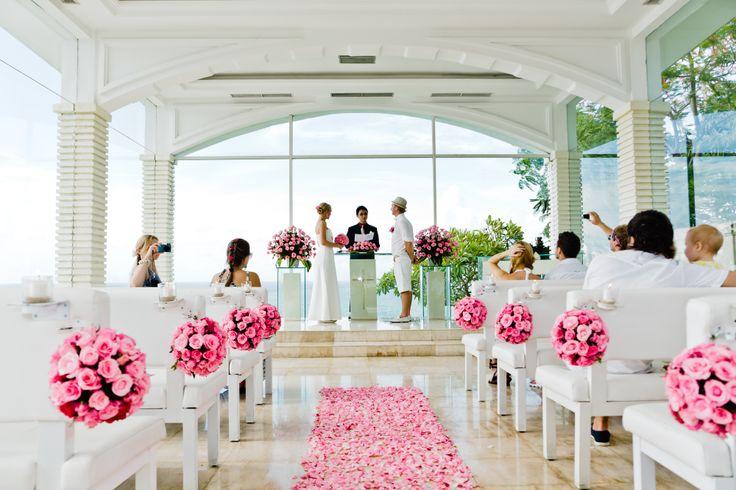Wedding Moment Aleksnder and Evgeniia witr Romanti Bali Wedding