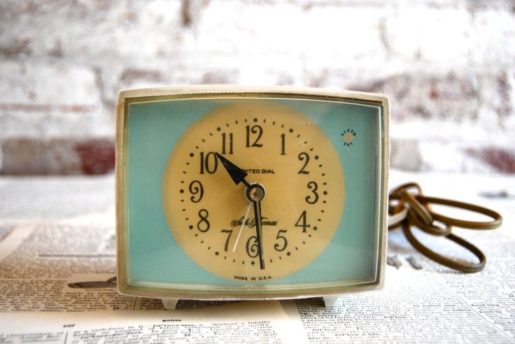 Retro Seth Thomas Alarm Clock by millesimedesigns on Etsy