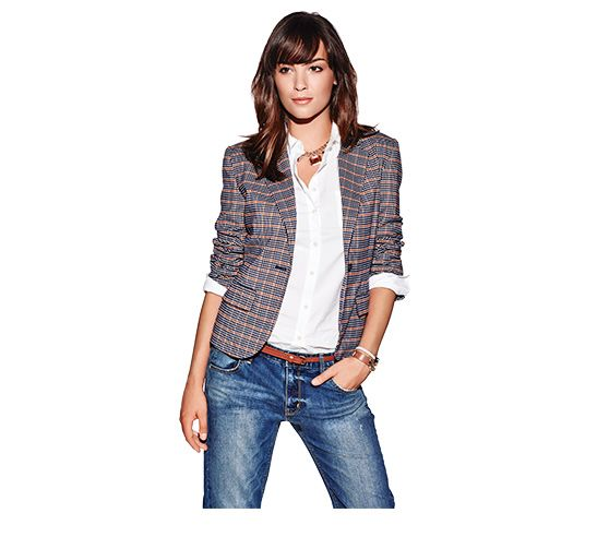 Merona Oxford Blazer, $39.99, Merona Button Down Favourite Shirt, $24.99. Mossimo Boyfriend Denim, $29.99.