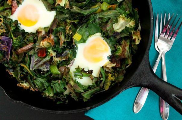 One-Skillet Garlicky Eggs