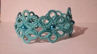 tatted bracelet Nr. 1.  on my blog: The Rabbittiger