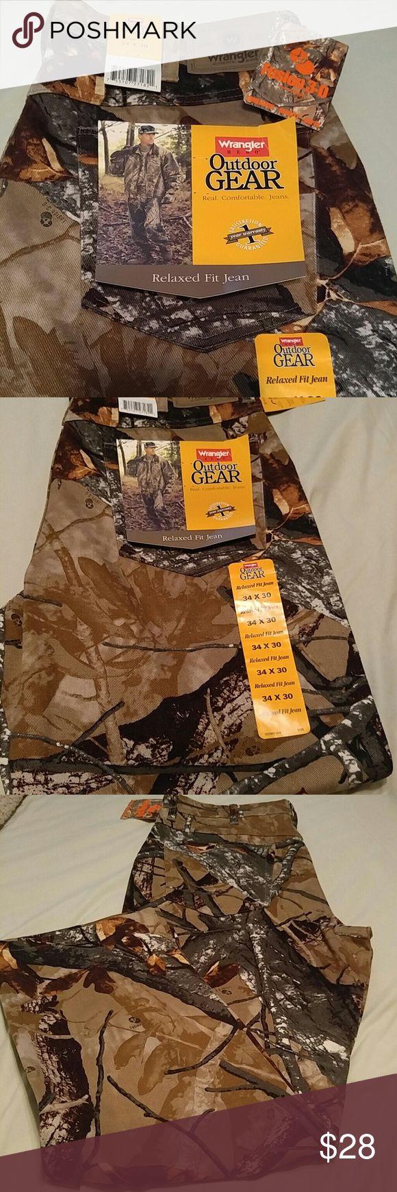 Men's Camo Pants Jeans Wrangler men's Fusion 3D camo pants. 100% cotton. Brand new w/tagsp. 34x30 Wrangler Pants