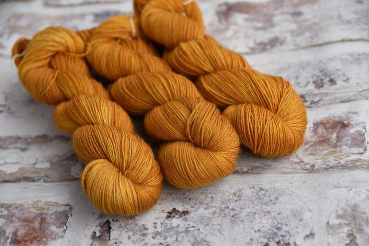 Bowland 4ply in Marigold (Dyelot 260617)