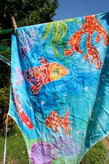 Pink and Green Mama: Elmer's Gel Glue Batik Aprons