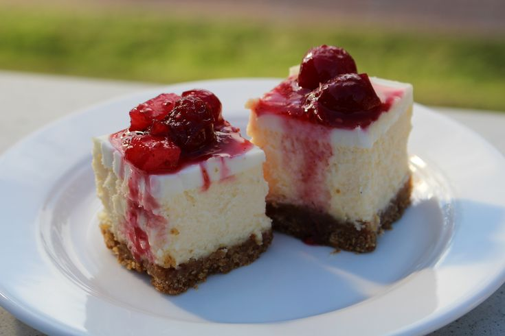Anna Olson's classic New York cheesecake with a holiday fruit compote, by @Julie Forrest Forrest Van Rosendaal on #savvystories
