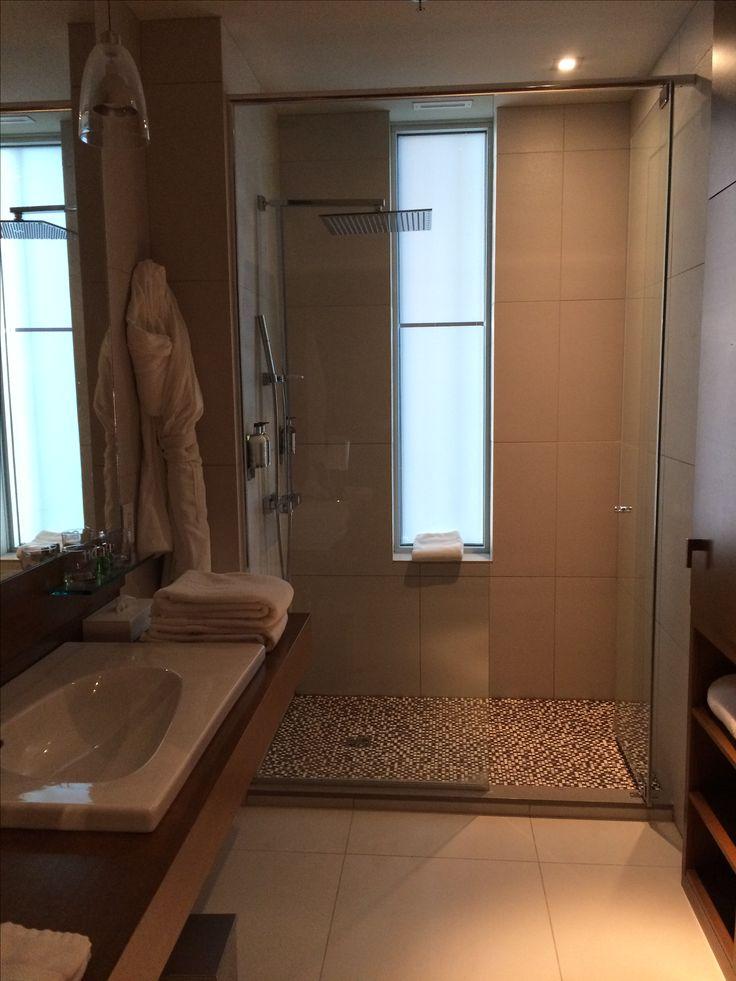Le Germain Hotel, Calgary Canada - bathroom