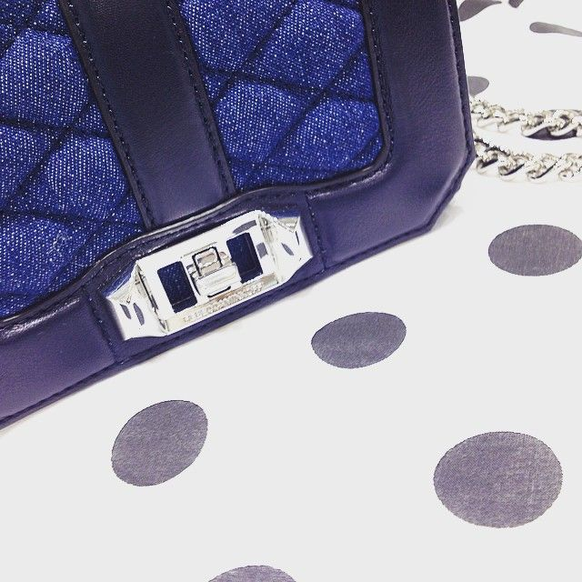 Rebecca Minkoff Jeans Details @rebeccaminkoff #rmspring #newcollection #love #crossbody #chic #sun #jeans #blue #spring #summer #accessories #instabag #clutch #rebeccaminkoff #pois #solodamascheroni #mascheronistore Shop online -> mascheronistore.it
