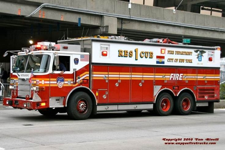 FDNY Rescue 1 - 2007 Pierce Arrow XT Heavy Duty Rescue.