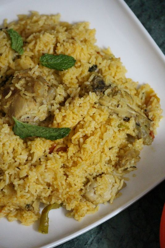 Ambur Chicken Biryani is an authentic and traditional recipe from Tamil Nadu which is a dum style biryani from ambur region made using onions and tomatoes..