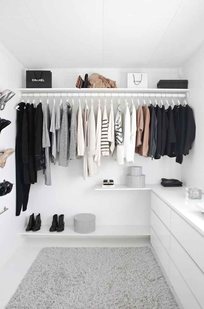 Perfect minimalist closet. Perfect amount of clothing, perfect wardrobe colors