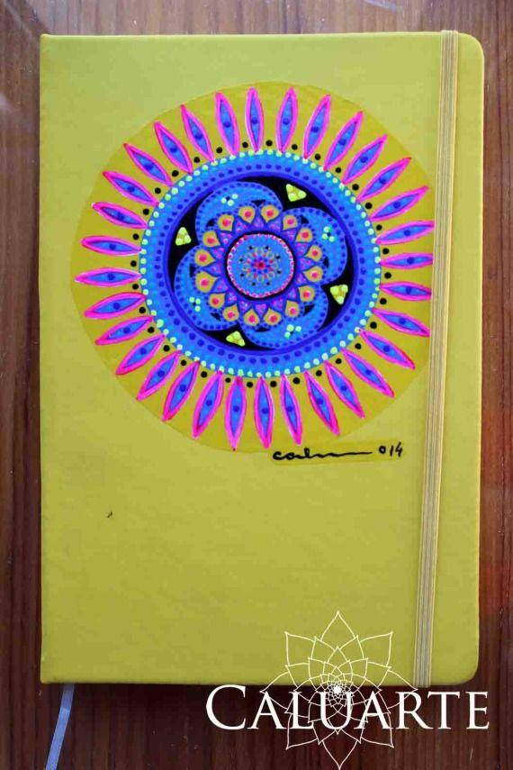 Cuaderno pintado a mano, Papel, Cuadernos