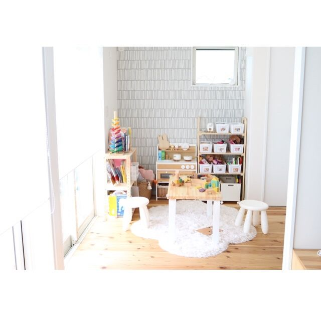 amaotoさんの、おままごとキッチン,モモナチュラル,おかたづけ育,絵本収納,整理整頓,こどもと暮らす,北欧インテリア,4.5帖,ダイソー,ニトリ,IKEA,キッズスペース,おもちゃ収納,リビング,のお部屋写真