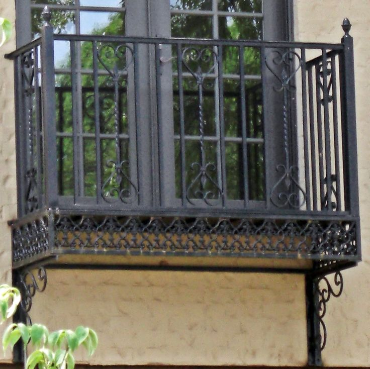 Wrought iron Balconies. Mexican Scroll iron balcony from www.deciron.com they ship nationwide!