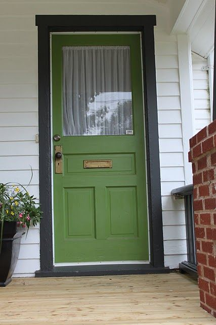 Green Front Door pops with black trim. Currently my fav color of green.