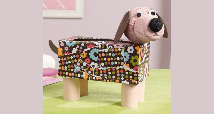 Van een lege doos kun je echt een heel leuk hondje maken. Je kunt dit gebruiken als een opbergdoos, zelf leuk mee spelen of als #surprise voor #Sinterklaas