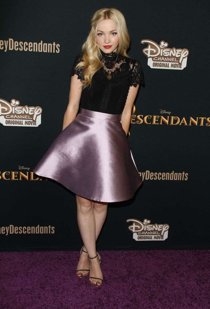 descendants disney | Dove Cameron – Disney's 'Descendants' Premiere in Burbank