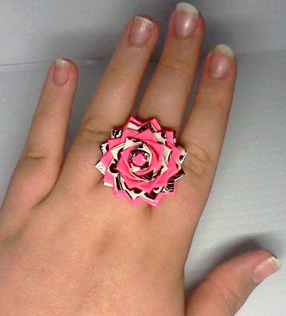 Duct Tape Flower Ring - I should see if my son can make me one of these!!