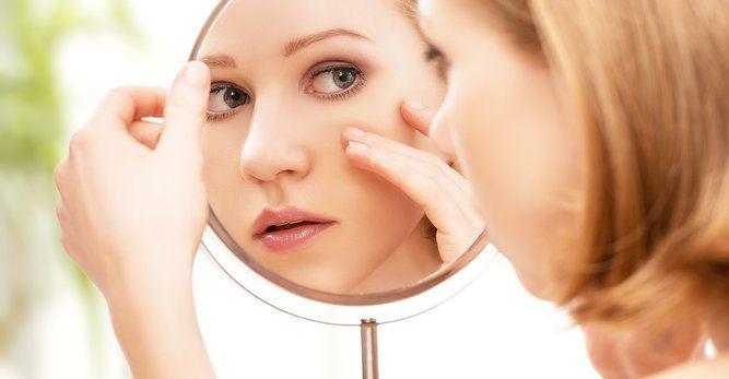 Φροντίδα στο Δέρμα με Ακμή Η ομάδα του φαρμακείου αποτελεί βασικό κρίκο στην θεραπεία της ακμής.