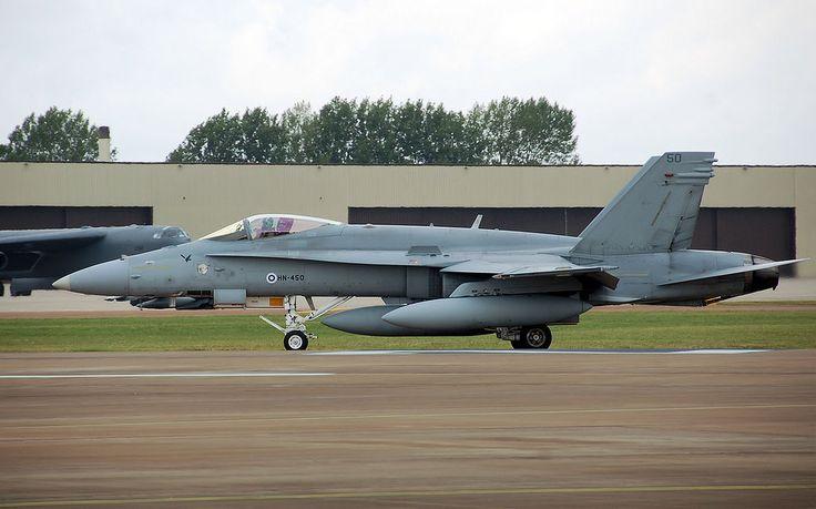 Finnish air force hornet f-18c hn-450 arp - McDonnell Douglas F/A-18 Hornet - Wikipedia, la enciclopedia libre