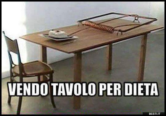Tavolo per dieta | BESTI.it - immagini divertenti, foto, barzellette, video